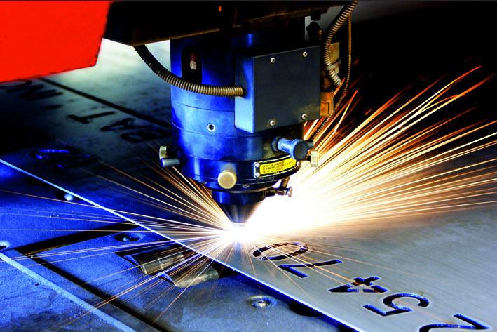 Le laser de découpe un procédé d'usinage industriel